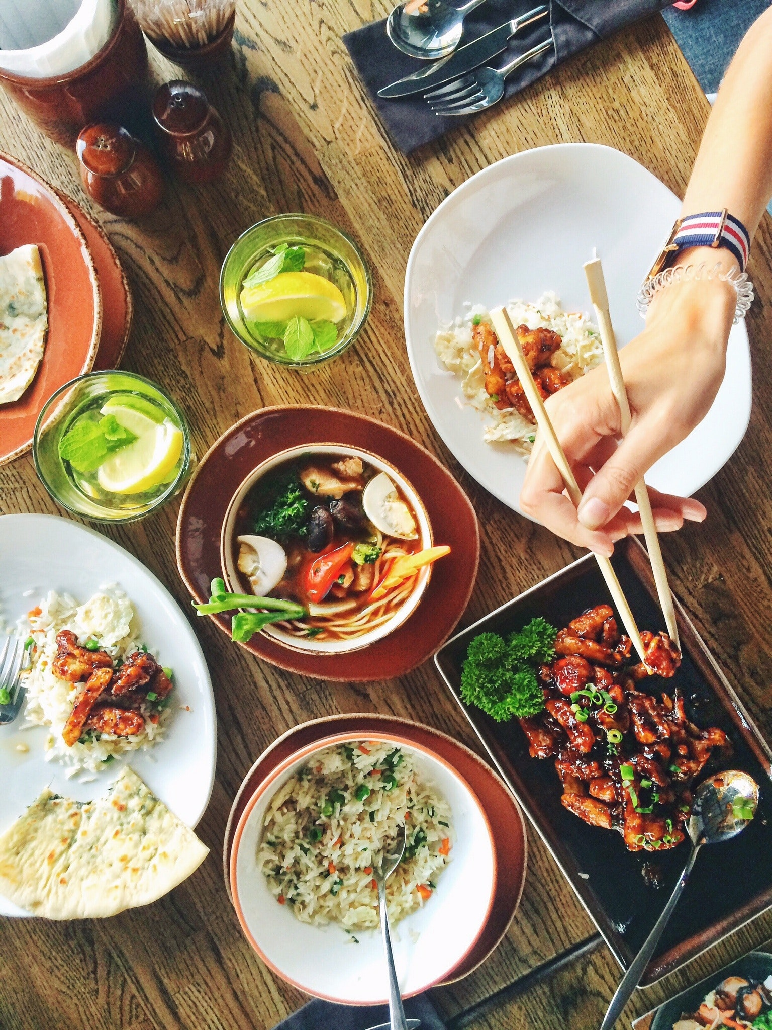 chopsticks-dinner-dish-33162